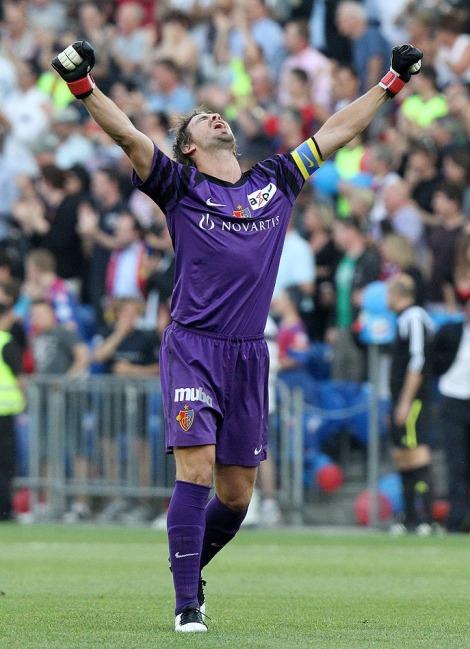 auch Franco Costanzo hatte in seinem letzten Spiel für den FC Basel nochmals allen Grund zum Jubeln